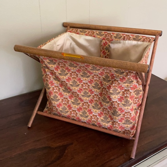 Vintage 60s 70s fabric tote rack